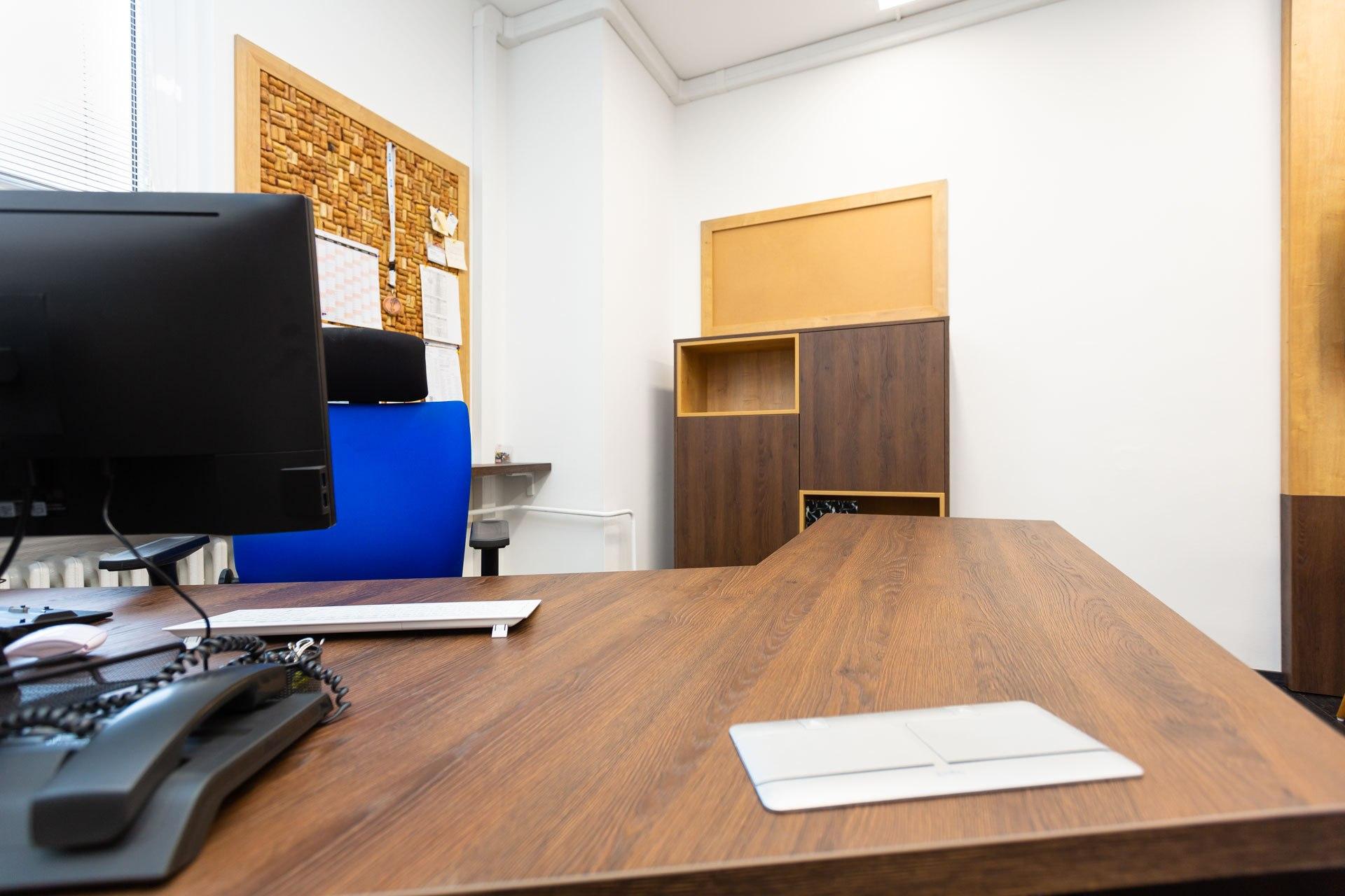 Kancelář interiér na míru Brno Velecký